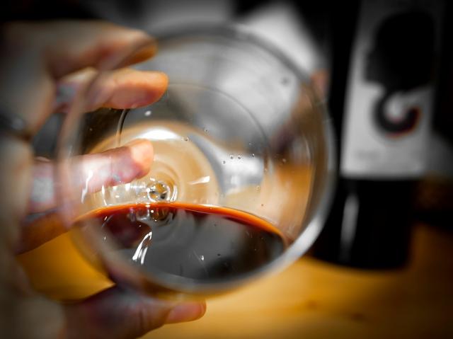 El color del vino.